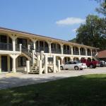 Creekside Inn, Cave Spring