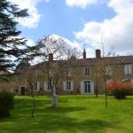 Hotel Pictures: Chartreuse de Dane, Saint-Jean-Poutge