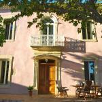 Hotel Pictures: Le Mas Richard, Générac