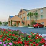 Fairfield Inn Suites Brunswick,  Brunswick