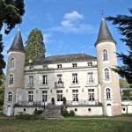 Hotel Pictures: Château Les Vallées, Tournon-Saint-Pierre