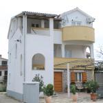 Apartments Jagoda,  Murter