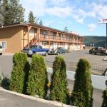Hotel Pictures: Stampeder Motel, Williams Lake