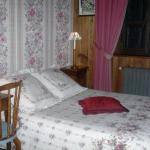 Hotel Pictures: Chambres d'Hôtes La Jacquerolle, La Chaise-Dieu