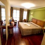 Hotel Pictures: Hotel El Sella, Cangas de Onís