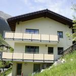Hotel Pictures: Ferienwohnung Alpenblick, Fieschertal