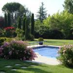 Hotel Pictures: La Guéritaulde, La Tour-d'Aigues