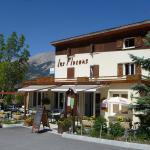 Hotel Pictures: Hôtel les Flocons, Le Sauze