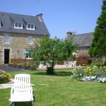 Hotel Pictures: Le Relais De Launay, Ploubazlanec