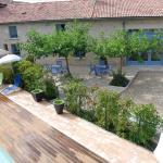 Hotel Pictures: Chambres d'Hôtes du Clos Semper Felix, Sainte-Bazeille