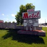 Hotel Pictures: Kitchener Motel, Kitchener