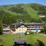 Familienhotel Hinteregger, Rennweg