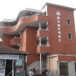 Marianas Hotel, Obzor