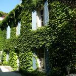 Hotel Pictures: L'autre côté du lavoir, Saint-Didier
