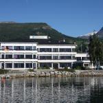 Innvik Fjordhotell, Innvik