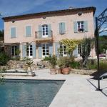 Hotel Pictures: Bastide Saint-Joseph, Le Rouret