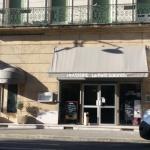 Hotel Pictures: Hotel du Theatre, Salon-de-Provence
