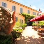 Hotel Pictures: Hotel La Marbrerie, Caunes-Minervois