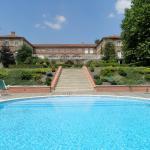 Hotel Pictures: Logis de Nantas, Saint-Jean-Bonnefonds