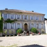 Hotel Pictures: Chambres d'Hôtes Chateau de Cavagnac, Layrac