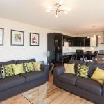 Edinburgh City Breaks by Reserve Apartments,  Edinburgh