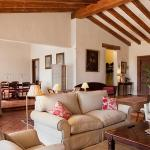 Hotel Pictures: Lantero Horse & Lodge, San Román