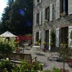 Hotel Pictures: Chambres d'hôtes Le Moulin des Farges, Meymac
