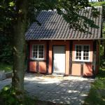 Hotel Pictures: Skovvej Bed & Breakfast House 2, Randers