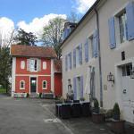 Hotel Pictures: Maison Rouge du Petit Chateau, Raincourt