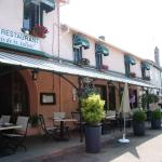 Hotel Pictures: Le Relais de Saint Julien, Saint-Julien-de-Jonzy