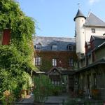 Hotel Pictures: Castel Hotel 1904, Saint-Gervais-d'Auvergne