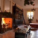 Hotel Pictures: Chambres d'Hôtes du Château de Rabaudy, Castanet-Tolosan