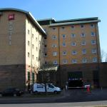 Hotel Pictures: ibis London Gatwick Airport, Crawley