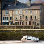 Hotel Pictures: Wagon & Horses, Lancaster