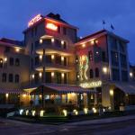 Hotel Dukov, Obzor
