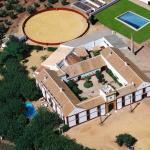 Hotel Pictures: Hacienda Santa Ana, Carmona