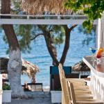 Alesahne Beach Hotel, Kamari