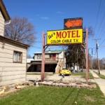 Ike's Motel Beloit,  Beloit