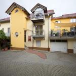 Hotel Pictures: Kleines Landhaus Wendel, Kapellen-Drusweiler