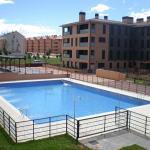 Hotel Pictures: San Babil Apartamentos, Jaca