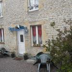 Hotel Pictures: Gites de Mer, Port-en-Bessin-Huppain