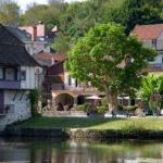 Hotel Pictures: Les Flots Bleus, Beaulieu-sur-Dordogne