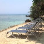 Half Moon Resort, Gravel Bay