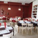 Hotel Pictures: Hotel Restaurant Les Oceanides, Concarneau
