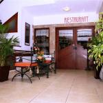 Hotel Pictures: Hotel Rodelu, Latacunga