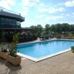 Hotel Pictures: Millau Hotel Club, Millau