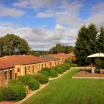 Hotel Pictures: Country Club Villas, Launceston