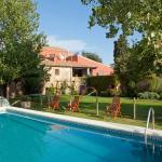 Hotel Pictures: Turisme Rural Mas Masaller, Cruïlles