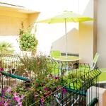 Hotel Pictures: Chambre et table d'hôte Le Papillon Ceret Appartements et Seminaires, Céret