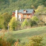 Hotel Pictures: Apartamentos Rurales Casa la Fonte, Oballo